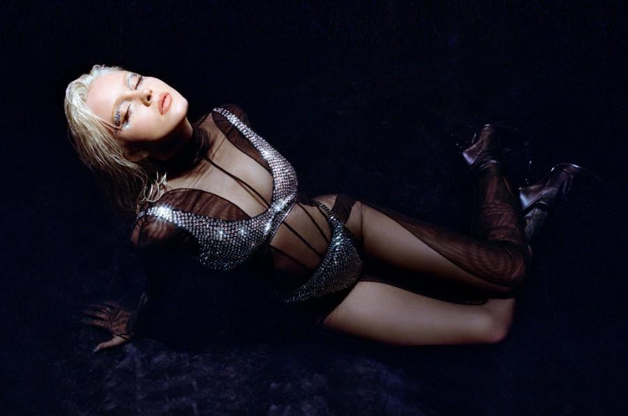 Zara-Larsson44.jpg